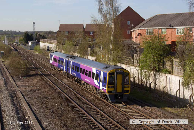 130502-003     Northern Rail class 158 unit no. 158797 is seen leaving Langley Mill with 1Y12, the 0811 Nottingham to Leeds.
