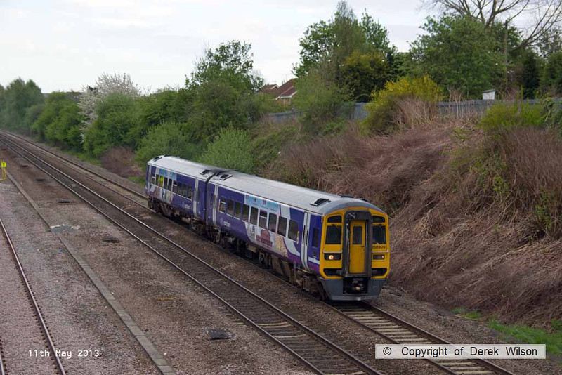 130511-006     Northern Rail class 158 unit no. 158909 is seen leaving Langley Mill with 1Y12, the 0811 Nottingham to Leeds.