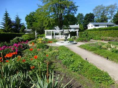 11.	Garden at Fulford Place Mansion, Brockville – Garden designed by Olmstead 6/15/13