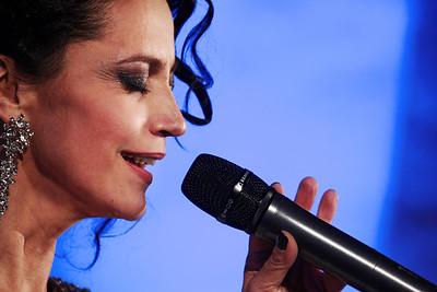 2013-11-26 Bile Vanoce Znojmo - Lucie Bila