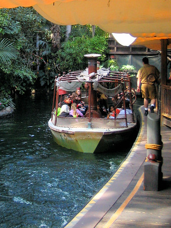2013-03-Disney-CA-Jungle-Cruise