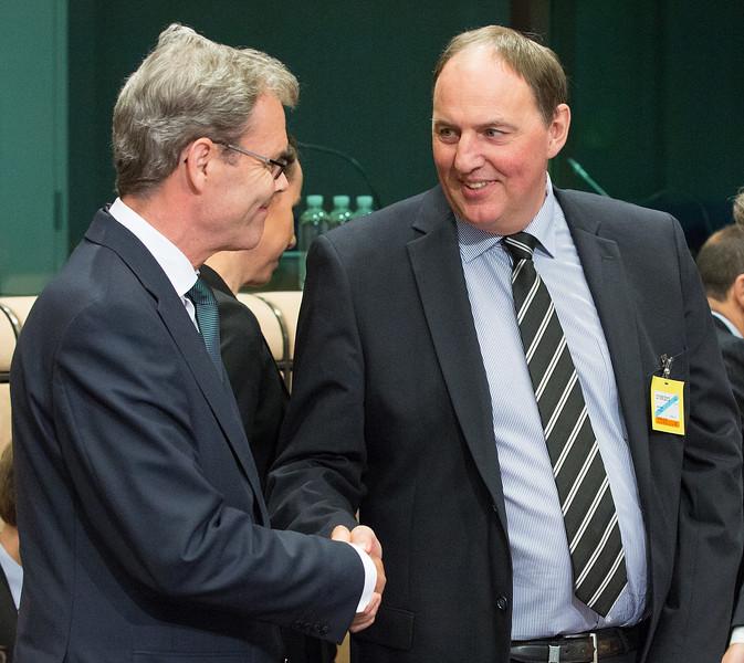 From left: Ambassador Atle Leikvoll, Mission of Norway to the EU; and Secretary-General Kristinn F. Árnason, EFTA Secretariat.