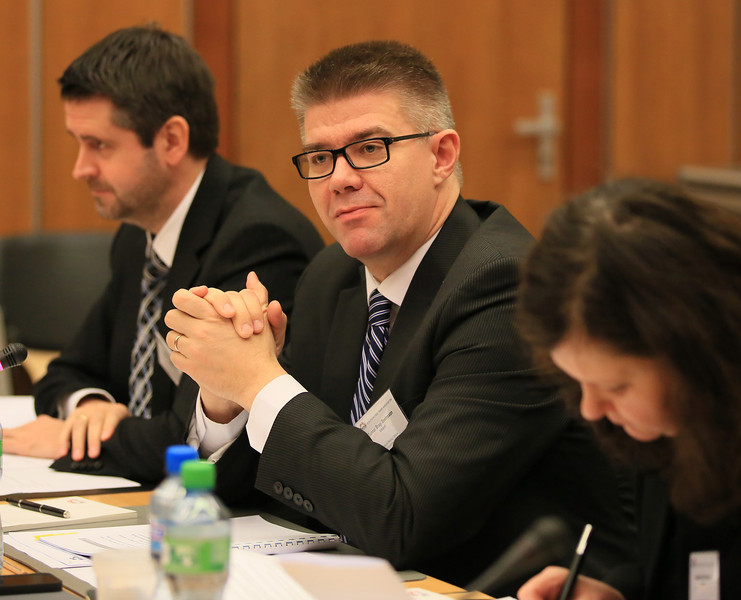 From left: Martin Eyjólfsson, Ambassador, Permanent Permanent Mission of Iceland to EFTA and WTO; Mr Gunnar Bragi Sveinsson, Minister for Foreign Affairs and External Trade, Iceland; and Ms Bergdis Ellertsdottir, Ambassador, Ministry of Foreign Affairs, Iceland
