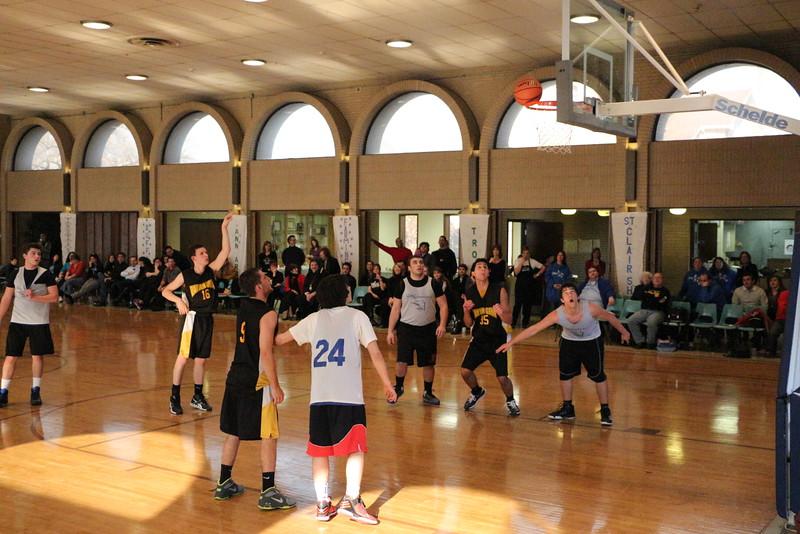 Dayton Goya Basketball 2013 (655).jpg