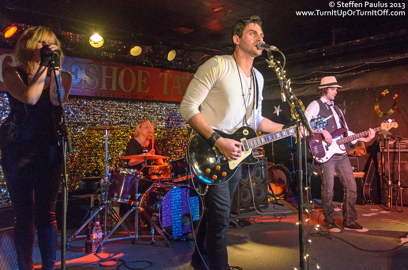 Little Creatures @ Horseshoe Tavern, Toronto, ON, 15-January 2013
