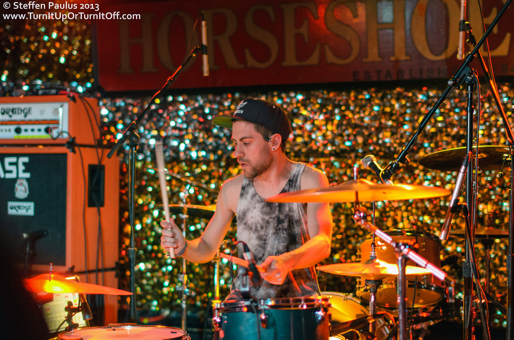 Now Now @ Horseshoe Tavern, Toronto, ON, 1-March 2013