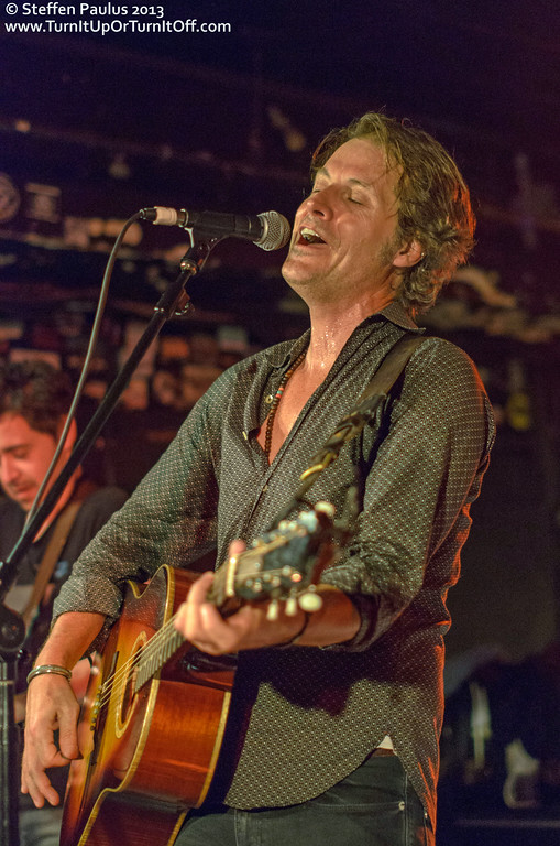 Jim Cuddy, Danny Michel & Quique Escamilla @ Horseshoe Tavern, Toronto, ON, 20-March 2013 (Outlaws & Gunslingers: Americana Music Association Showcase at CMW 2013)