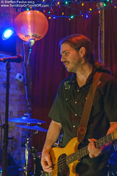 Hot Peach @ The Painted Lady, Toronto, ON, 14-June 2013 (NXNE 2013)