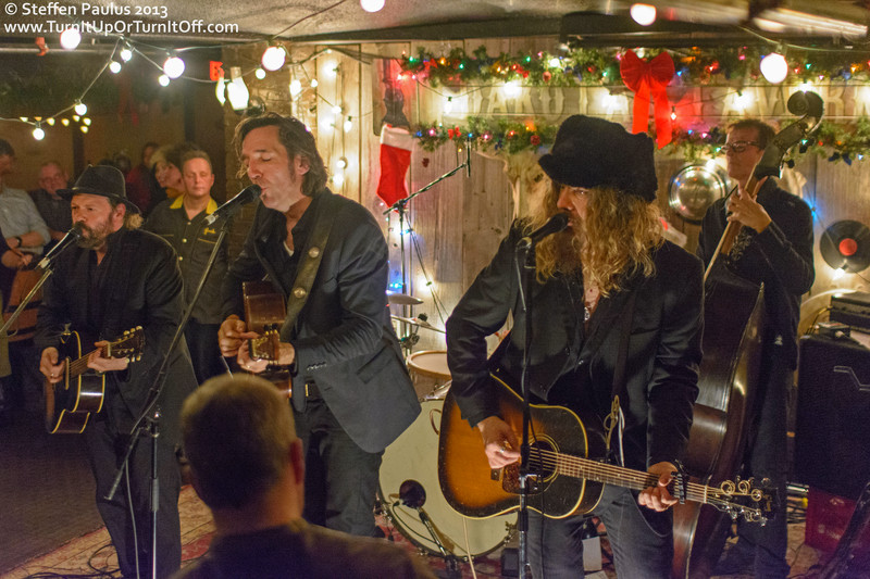 Blackie & The Rodeo Kings @ Dakota Tavern, Toronto, ON, 4-Dec 2013