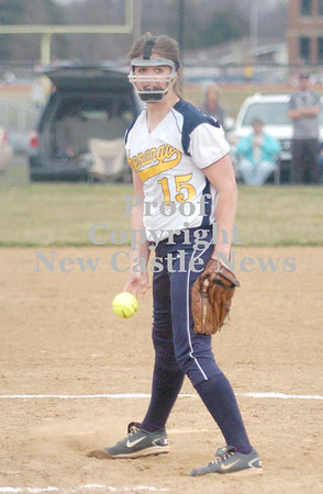 Erica Galvin/NEWS<br /> Shenango pitcher Macy Rubin delivers a pitch in the third inning.