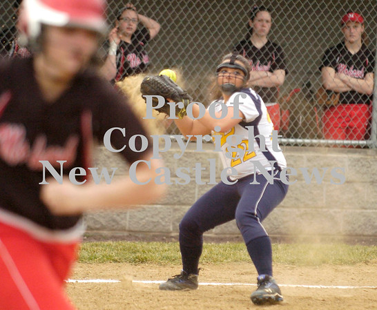 Erica Galvin/NEWS<br /> Shenango third base player Jenna Petrucci throws a ball to first base in the first inning.