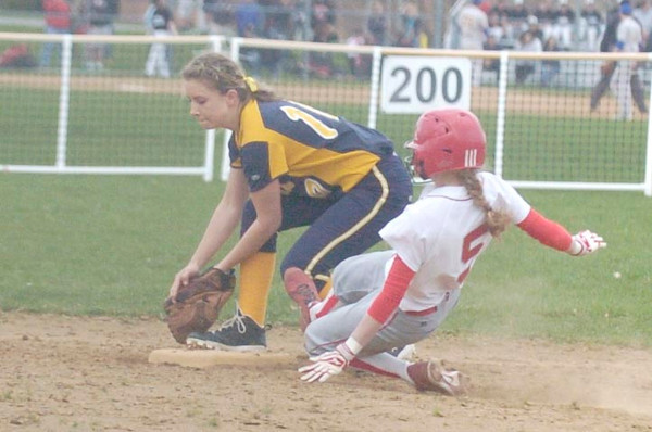 Erica Galvin/NEWS<br /> Wilmington's Chelsea Rogel tags the base for an out as Neshannock's Jamie Graziani slides into second.