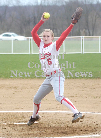 Erica Galvin/NEWS<br /> Madison Shaffer delivers a pitch in the first inning.