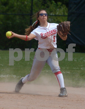 Erica Galvin/NEWS<br /> Marissa DeMatteo throws to first for an out in the fifth inning.