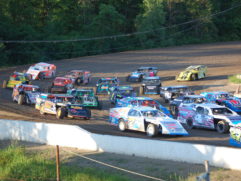 Pre-Race: 40 Modifieds on the track for the fans.
