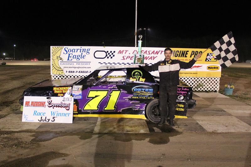 Mt. Pleasant/Clare Automotive Stock 4 Feature Winner #71 Scott Boyd.