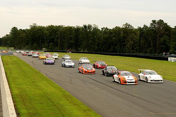 Sunday PCA race gets underway.<br /> <br /> ©Sam Feinstein