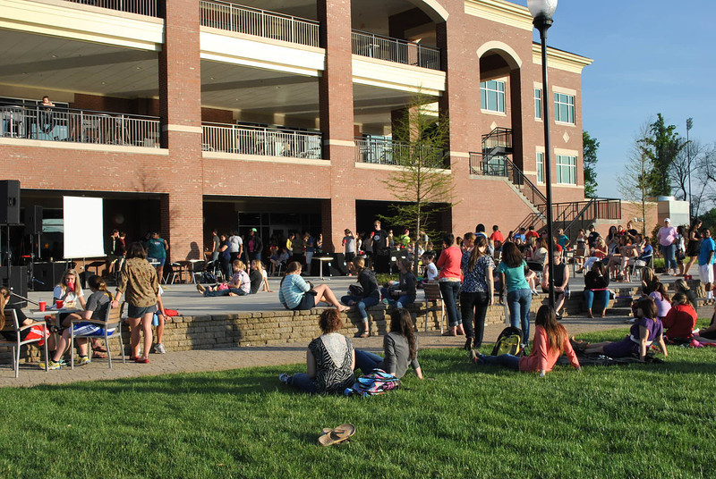 4-30-13: The last Verg of the year is held outside.