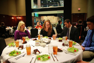 Senior Disorientation Week: Professional Image Dinner.