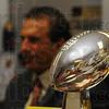 MET041513lombardi trophy