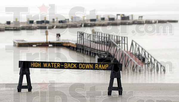MET042313floods ramp