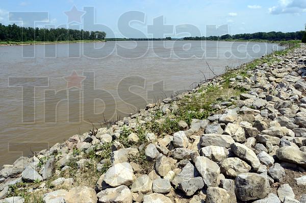 MET071013wabash river view