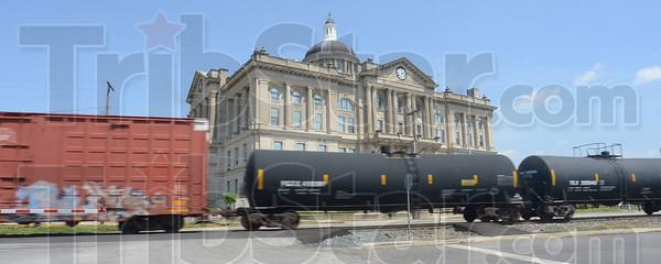 MET053113wabash train