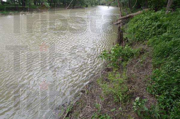 MET053113wabash river1