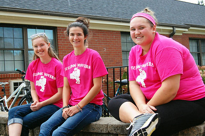 Bulldog Movers take a break from helping students move in for Orientation 2013.