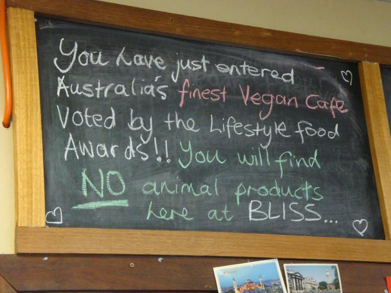 Bliss Organic Café. Like I said, I had ulterior motives for visiting.