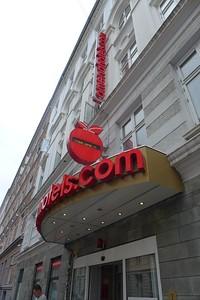 csw3Front-Deskliss Omena Hotel, Copenhagen, Denmark