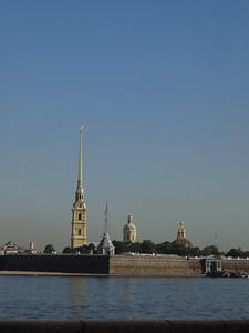 csw4Admiralty Building on far left, St. Petersburg, Russia