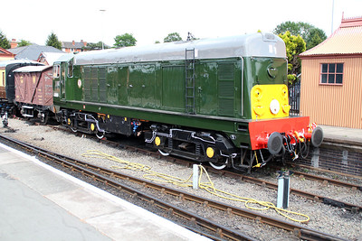 Class 20 D8059 (20059) stands at Kidderminster station SVR.