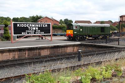 Class 20 D8059 (20059) in Kidderminster station sidings.