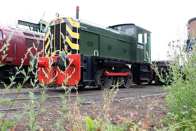 Ind 0-4-0DE D2961 (418956) on Bridgenorth Shed.