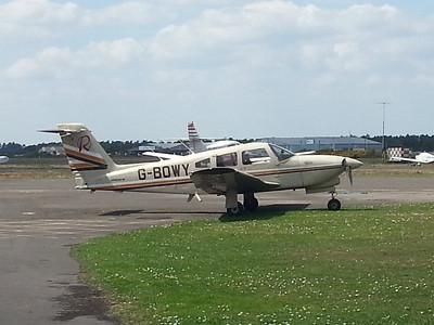 Piper PA-28RT-201T Turbo Arrow IV G-BOWY