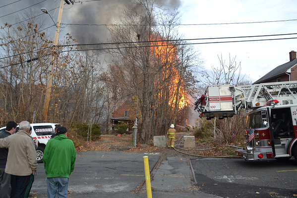 Chicopee, MA 2nd Alarm + Spec. Call 19 Ames Ave. 11/11/13