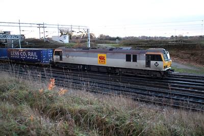 92041 0824/4s43 Daventry-Mossend passes Casey Lane Crewe.
