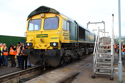 66957 'Stephenson Locomotive Society' in Basford Hall Yard.