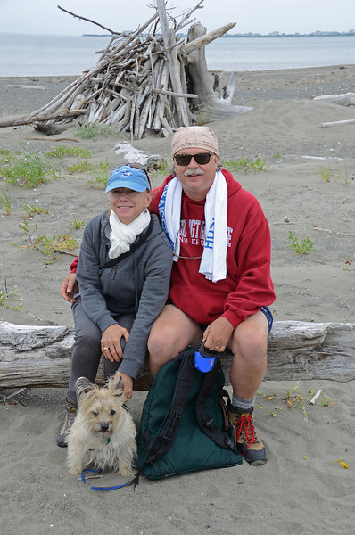 Priscilla, David & Dogee at Damon Point