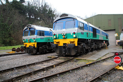 59005 'Kenneth J Painter' & 59001 'Yeoman Endeavour' outside Whatley Depot.