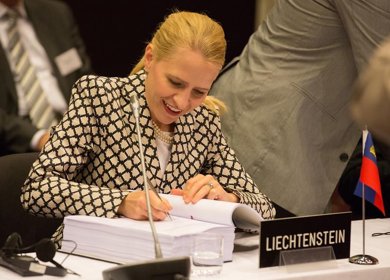 Aurelia Frick, Minister of Foreign Affairs, Liechtenstein, signing the EFTA-Central America Free Trade Agreement.