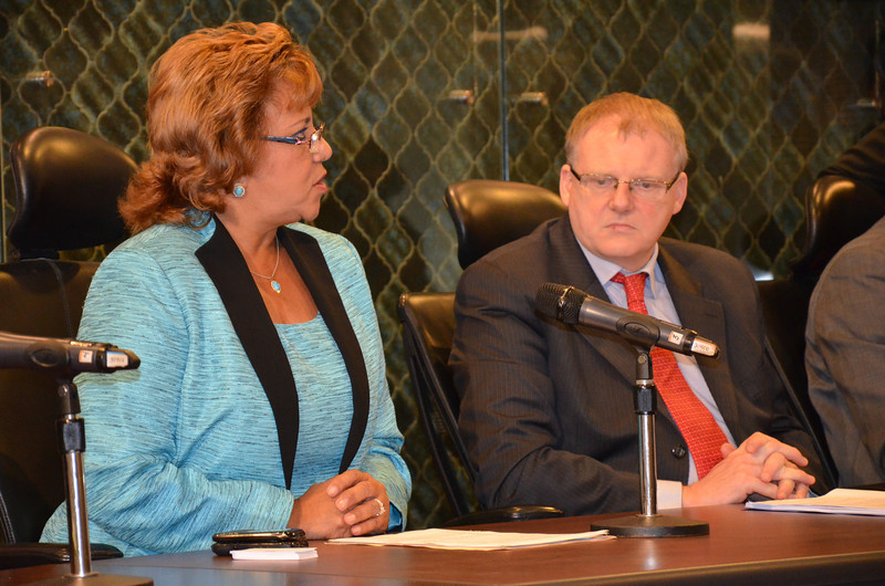Ms Dalia Bernal, President of the Committee for Foreign Affairs and Trade at the Parliament in Panama and Mr Árni Thór Sigurdsson, Chair of the EFTA Parliamentary Committee