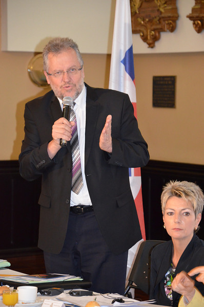 Mr Jacques-André Maire and Ms Karin Keller-Sutter, members of the Swiss Parliamentary delegation
