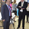 Vice-Minister of Commerce, Mr José Pacheco, in discussion with Mr Harald Nesvik, Norwegian MP