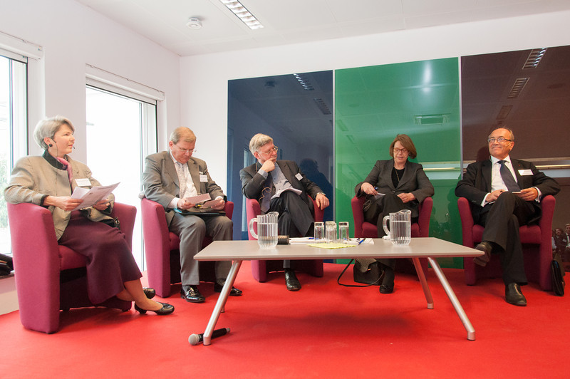 From left: Christa Tobler, Professor of European Law, Universities of Leiden (NL) and Basel (CH); Kurt Jäger, Ambassador of Liechtenstein to the EU; Marc Maresceau, Professor of European Law, University of Gent; Oda Helen Sletnes, President, EFTA Surveillance Authority; and Jean-Claude Piris, former Director-General of the Legal Service of the Council of the European Union.