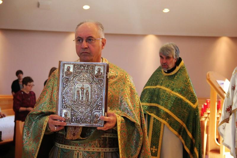 Elevation of the Holy Cross Liturgy (19).jpg