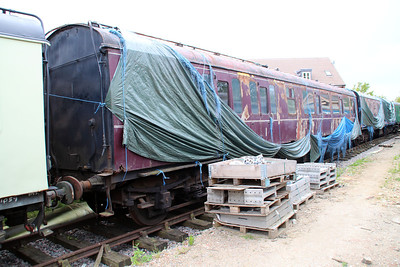 MK1 BS Suburban 43359 in Ongar Station Yard.