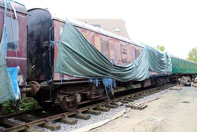 MK1 CL Suburban 43034 in Ongar Station Yard.
