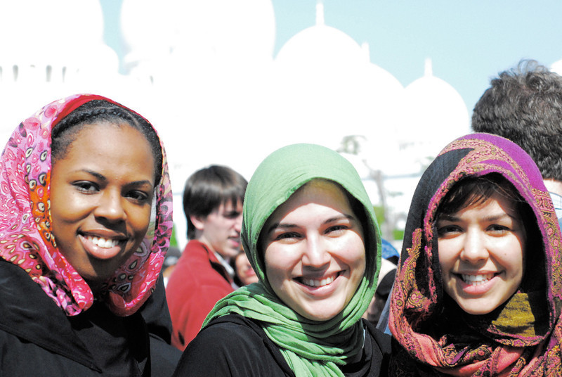 Grand Mosque Girls<br /> <br /> Jacqueline Handy (L), Monique Alfonso (C), and Camilla Dely (R) in front of the Sheikh Zayed Grand Mosque.
